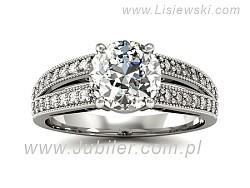 Biżuteria zaręczynowa - pierścionek z diamentem